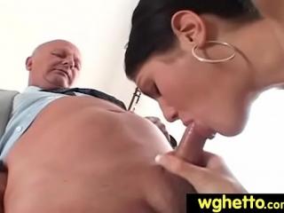 فلم سكس عائلي مترجم صاخب محارم